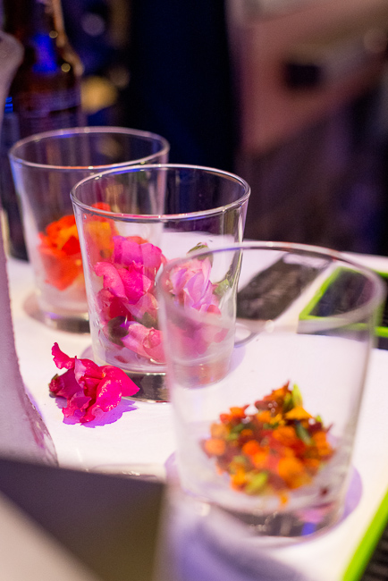 patron-edible-flowers-sd-museum-of-art-alive-2013-opening-celebration-RMB_0121-ryanbenoitphoto-for-thehorticult