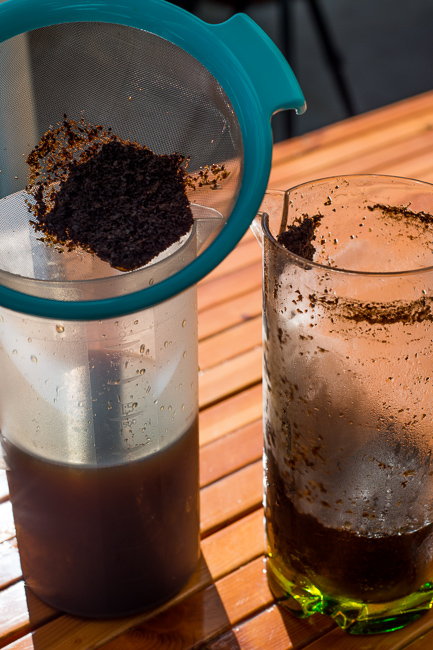 cold-brew-coffee-diy-ryanbenoitphoto-thehorticult-RMB_5017