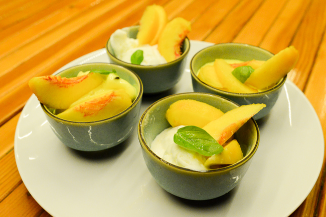 SPICED-DRUNKEN-PEACHES-AND-ICE-CREAM-THEHORTICULT-RYANBENOITPHOTO-RMB_5402
