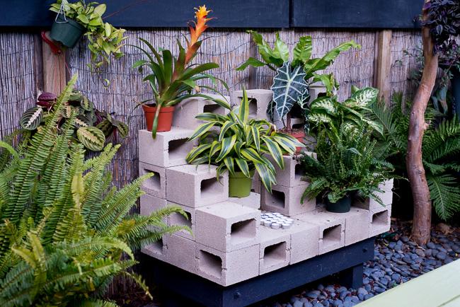 Cinder-Blocks-Garden-ryanbenoitphoto-thehorticult-RMB_3331