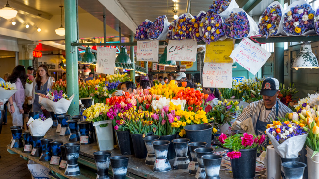 Pike-Place-Market-Flowers-Mothers-Day-ryanbenoitphoto-thehorticult-RMB_1403