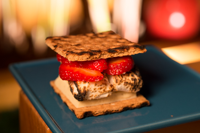 S'more #2: Sliced organic strawberries and vanilla-flavored white chocolate with cinnamon graham crackers and roasted marshmallows sprinkled with ground cardamom. (Believed to be a cooling spice, perfect for summer.) This one was my favorite!
