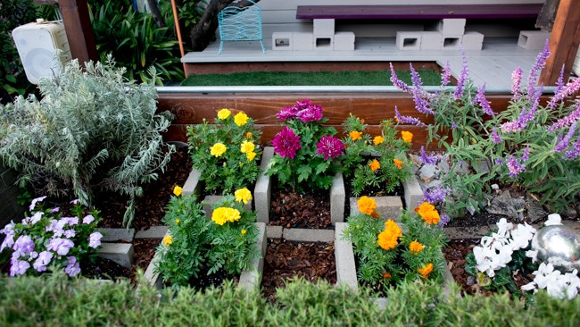 Portable Flower Beds : Portable and practical a new way to build raised garden