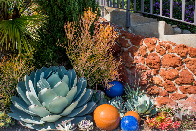 Secret Garden Tour of La Jolla, May 2015 - Garden Number 2 - The Horticult Photo Tour